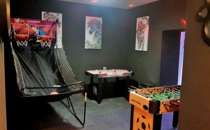 לופט 98 באר שבע מסיבת רווקות רווקים יום הולדת חדר קריוקי